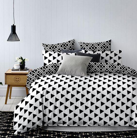 135x200 Bettwäsche mit 1 Kissenbezug geometrisches Muster Bettbezüge Microfaser Bettwäschegarnituren Hypnosis Triangles schwarz weiß: Amazon.de: Küche & Haushalt