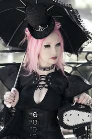 Neo-Victorian #Goth girl with parasol and #Steampunk flavor with pastel hair. Nice mash-up