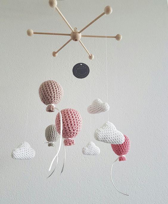 mobile montgolfière crochet