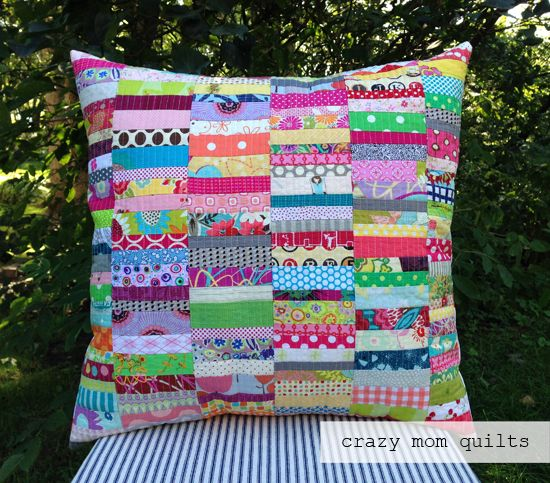 scrap happy pillow (with tutorial link) | crazy mom quilts | Bloglovin':