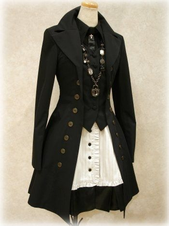 I love this coat. This would be awesome for my Steampunk Alice costume. Maybe in a dusty sky blue or faded black and white stripes.  | followpics.co