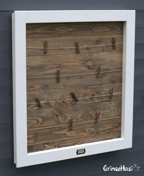 Bilderrahmen - Großer weißer Fensterrahmen aus Holz - ein Designerstück von GrinseHasi bei DaWanda  #pinnwand #fotowand #pics #memo #deko #vintage #industriestil #landhaus #home #grinsehasi