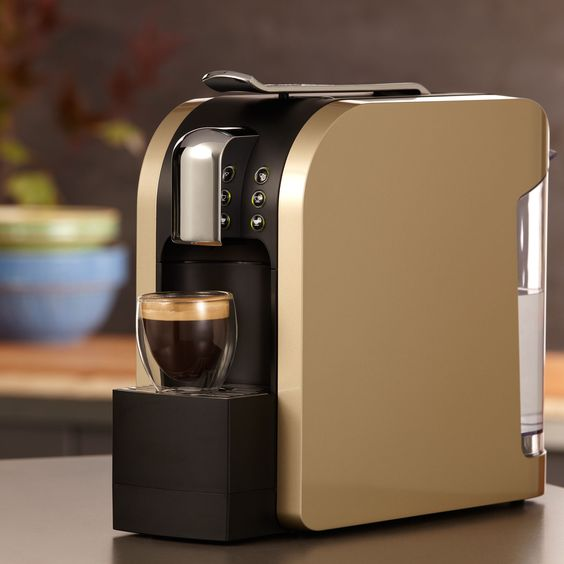 OMG. Want. Verismo™ 580 Brewer in Champagne: