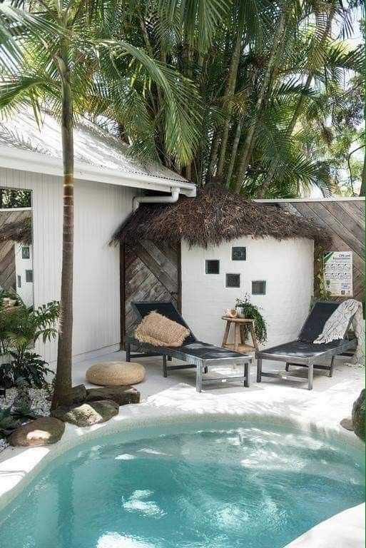Pin By Dea On Piscinas Agua Adoro Beach House Interior