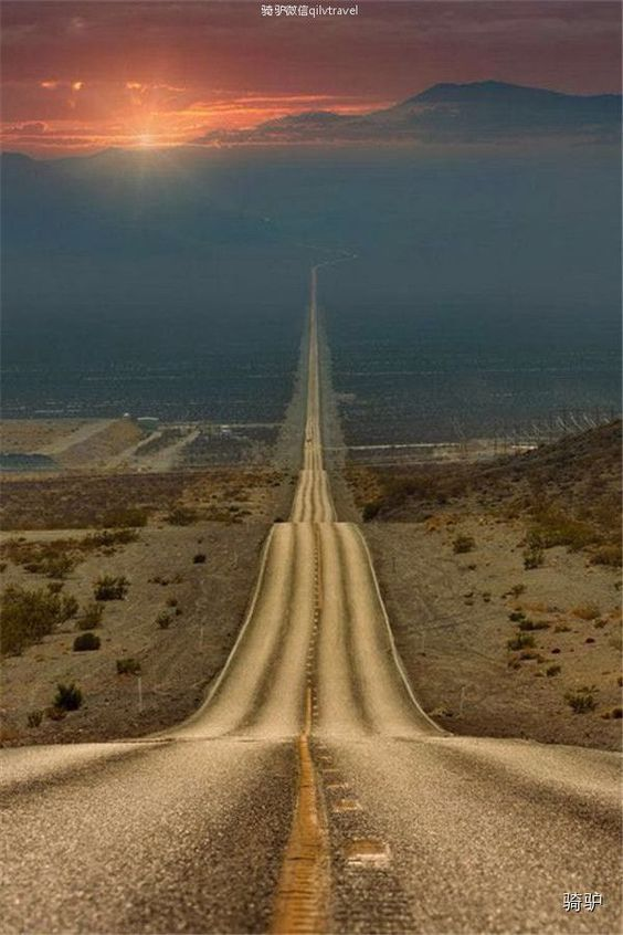 USA Travel Inspiration - Lonely Road, Death Valley, USA.