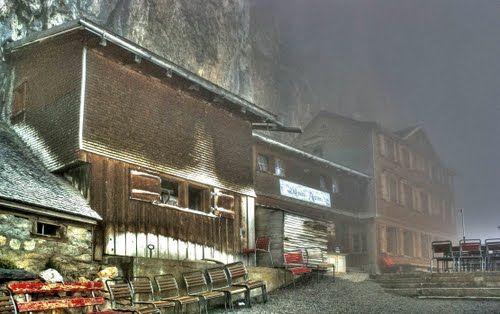 Gasthaus Aescher beim Wildkirchli im Schweiz