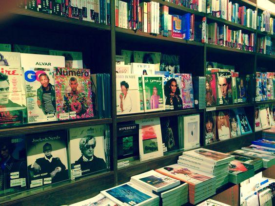 六本木周辺の本屋15選!深夜営業店からカフェ併設店・洋書・絵本など品揃え豊富な書店まで