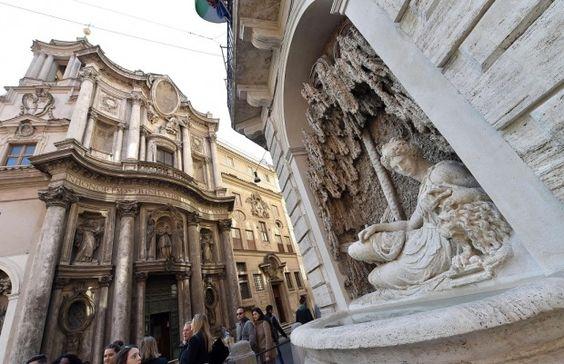 Complejo recién restaurada de Pietro Paolo Olivieri Quattro Fontane en Roma
