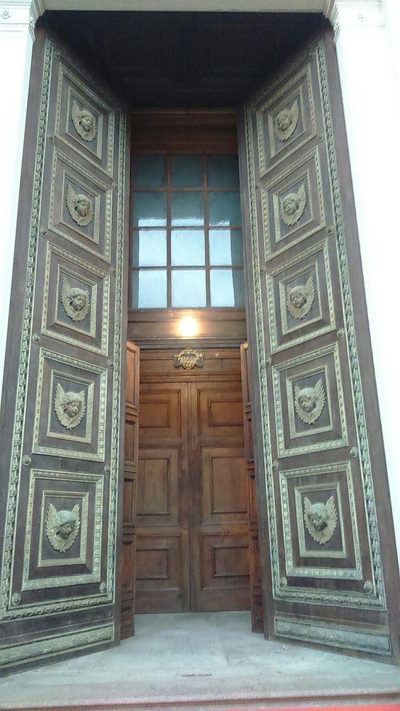 La porta Santa del Duomo.