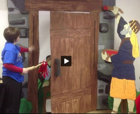 Passover Door with felt \ blood\  on a paint roller that adheres to velcro strips above and beside the door. Clever. | Pesach | Pinterest | Clever Felting ... & Passover Door with felt "|531|435|?|en|2|b3d118433d6914f7d946fcd19f1095b0|False|UNLIKELY|0.31014546751976013