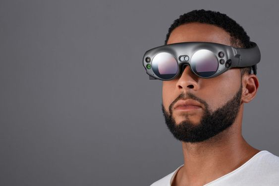 メガネみたいなVRの画像