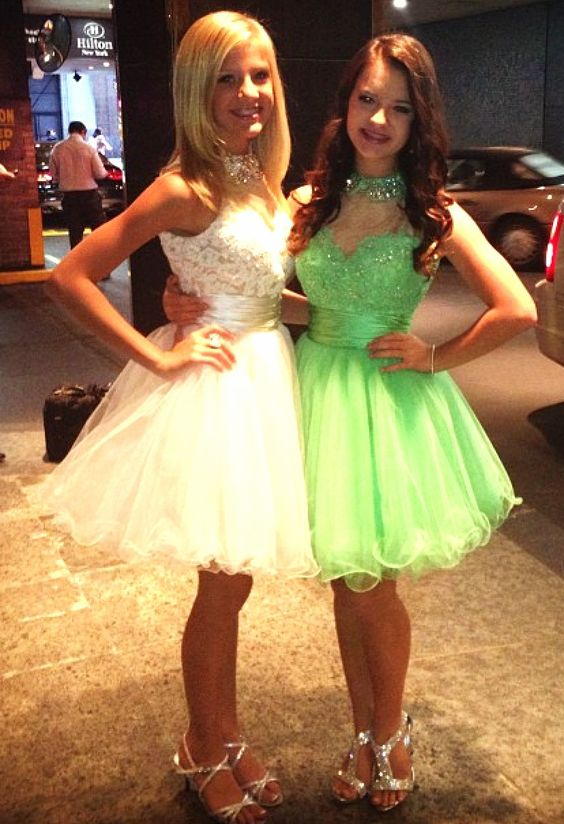 Dance Moms Paige and Brooke representing Sherri Hill at fashion week!! They are gorgeous