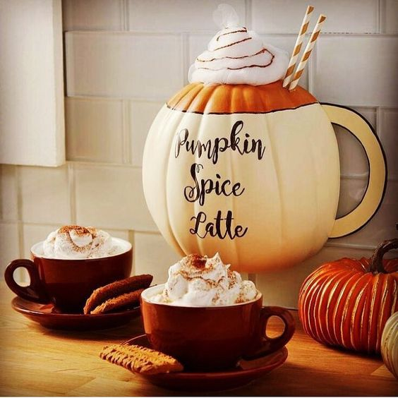 The pumpkin spice latte on Starbucks is out you guys 🎃 I'm about to have my first, but definitely not the last one of the year 🍂🍁