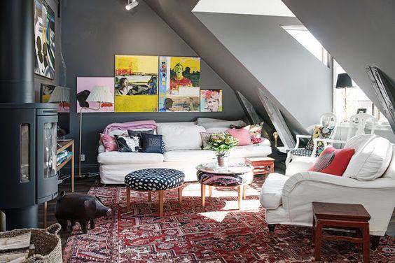 Sótão escandinavo decorado com cor escura ~ Decoração e Ideias | casa e jardim