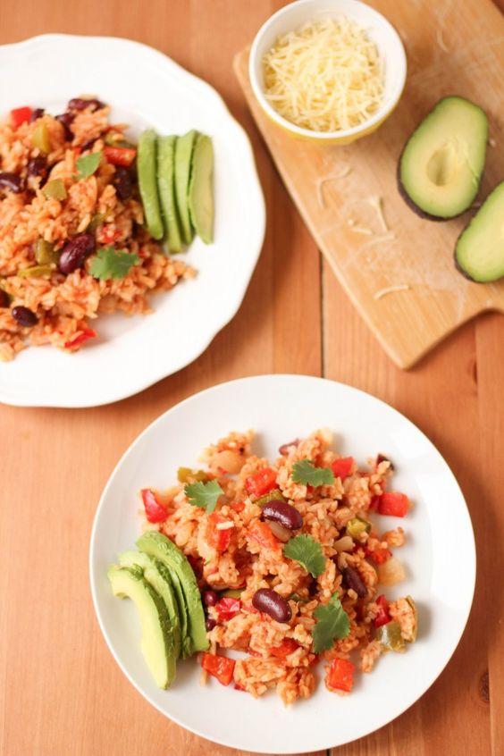 riz à la mexicaine aux poivrons et haricots rouge (cuit dans une seule marmite) -- one pot mexican rice
