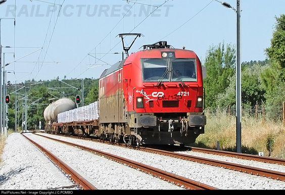 RailPictures.Net Photo: CP 4721 Caminhos de Ferro Portugueses Siemens CP 4700 series at Castelo Novo, Portugal by J.C.POMBO