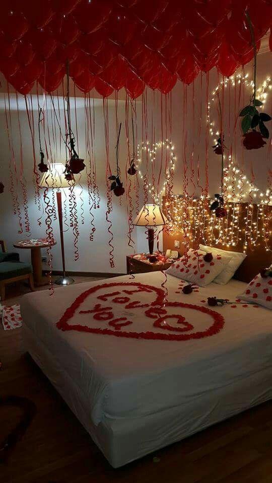 Pin By Rahf Nk On بالونات Valentine Bedroom Decor Romantic Room Surprise Wedding Night Room Decorations
