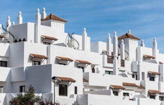 ***#14,  $156,423. 2 Bedrooms, 2 Bathrooms Built: 93 m2 Terrace: 29 m2  Pool: Communal Garden: Communal Garage: No Garden view
