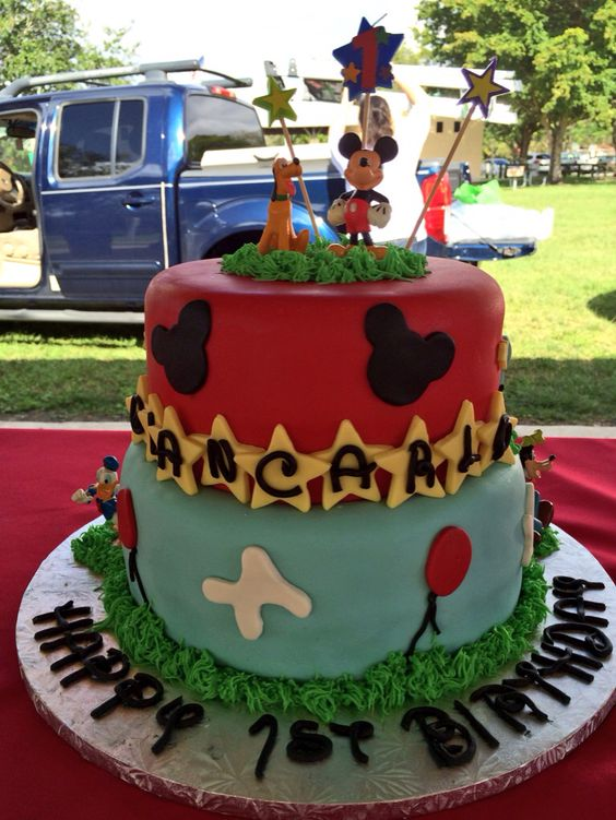 Mickey Mouse cake created by Bel's Blissful Sweets