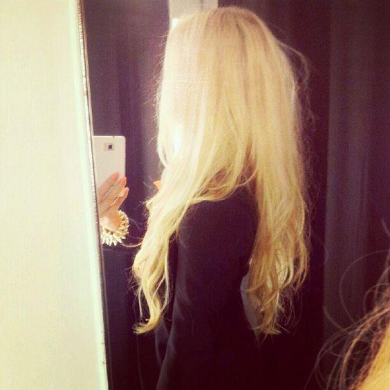 oh gorgeous blond locks i envy you!