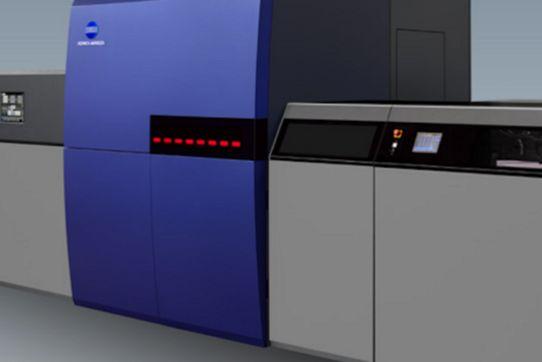 PLS, premier site européen à s'équiper de la presse jet d'encre KM-1 de Konica Minolta