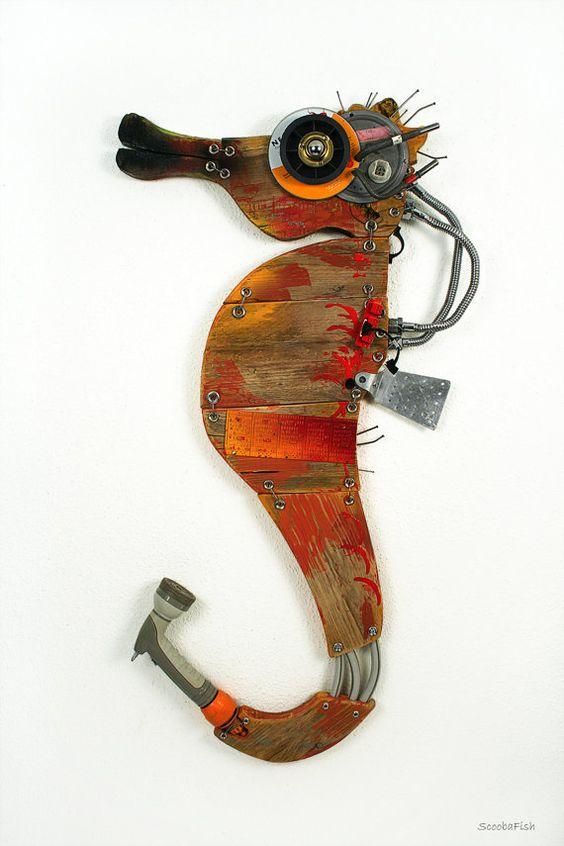 Wandskulptur ORANGE Seepferdchen Seepferdchen von von ScoobaFish