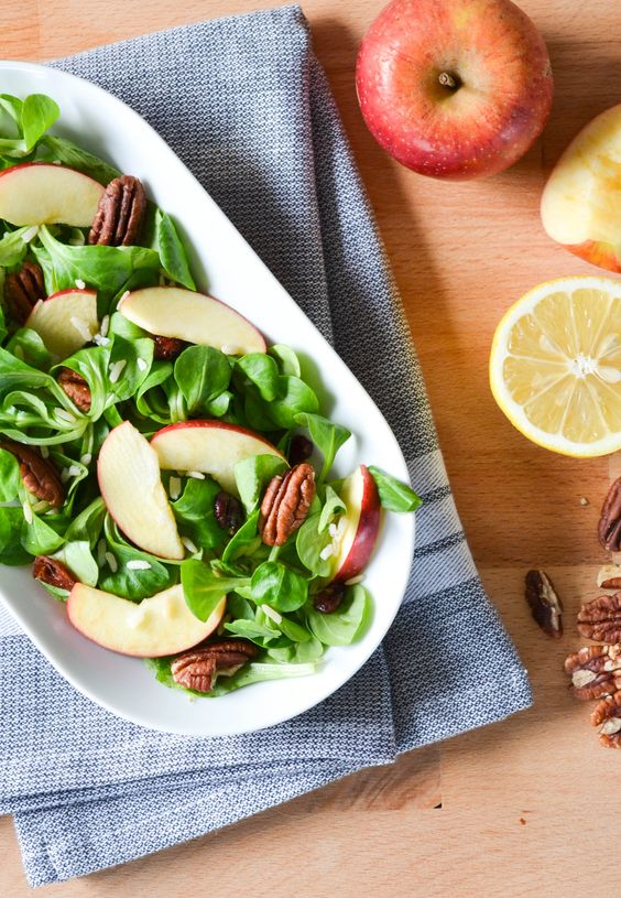 Et oui, moi la fan de soupes, je vous propose une recette de salade en plein hiver! Si les tomates...