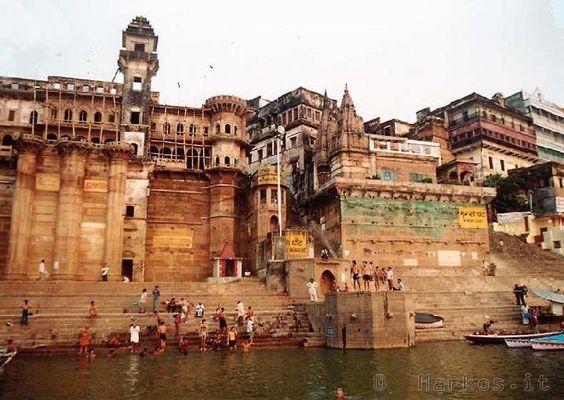 Varanasi La citta sacra  India  Pinterest  Varanasi