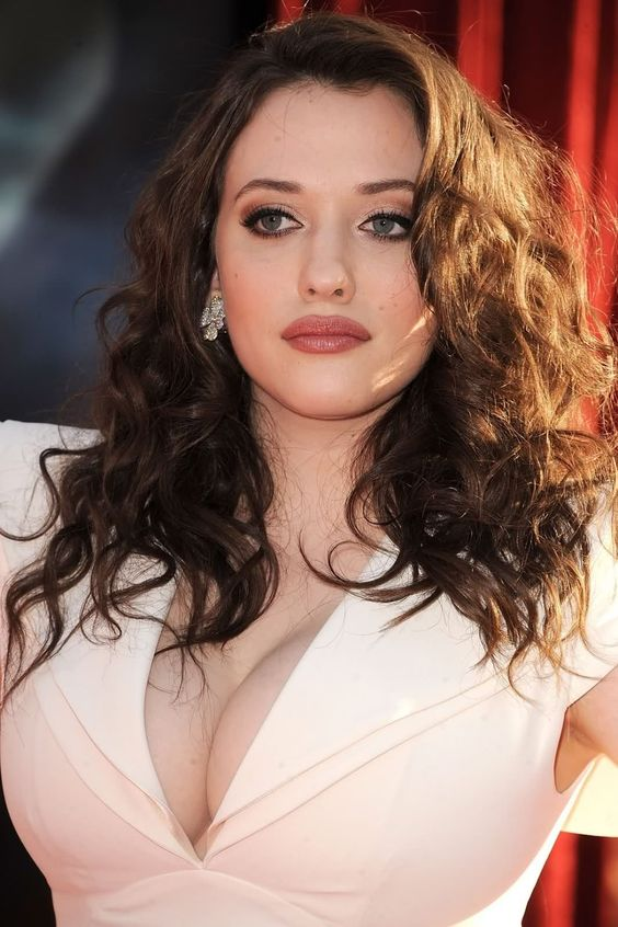 2 Broke Girls Cast and Characters | TV Guide