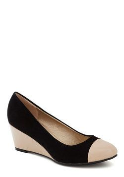 Modest Summer Wedges Shoes