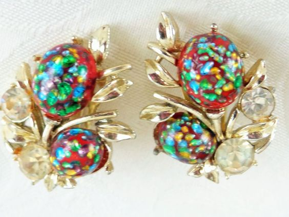 Vintage Designer Sgd Coro MultiColor Glass Stone SilverPlate Cluster  Earrings #Coro #Cluster