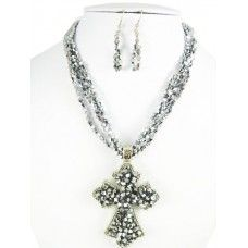 Necklace set with magnetic cross pendant