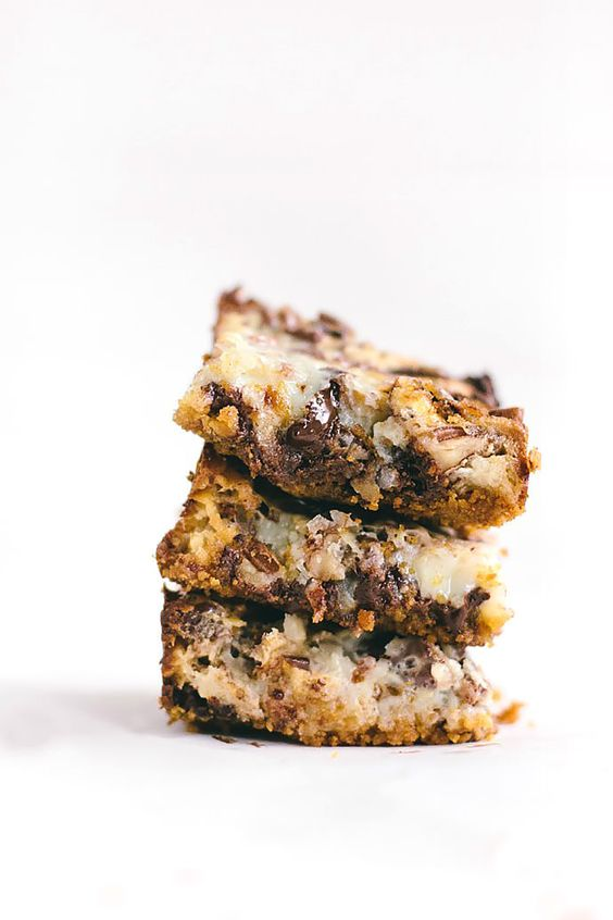 Here's a rich, decadent layer bar that is perfectly gooey and crunchy ...
