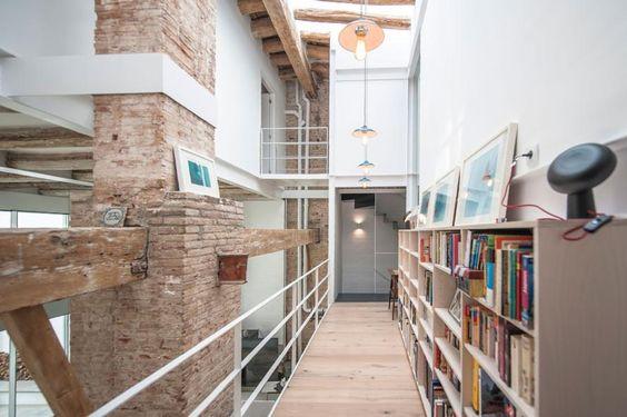 Loft con cortile e piscina a BarcellonaLiving Corriere