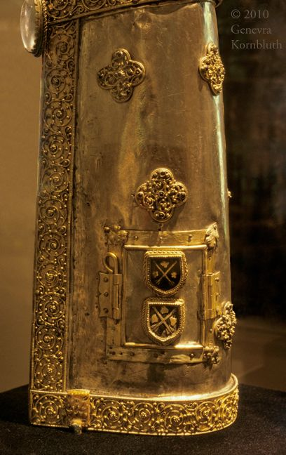 Reliquary of Saint Pantaleón, detail 15th cent Walter Museum
