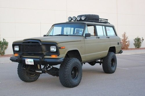 1984 Jeep Grand Wagoneer 4x4 Custom Lift And Paint Image 12