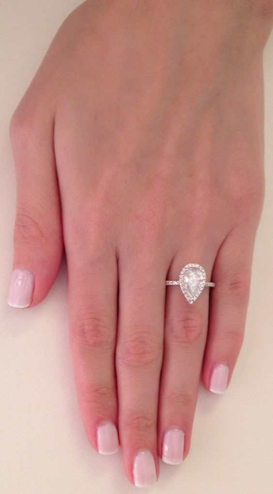 2 25 ct pear cut d si1 diamond solitaire engagement ring 14k white