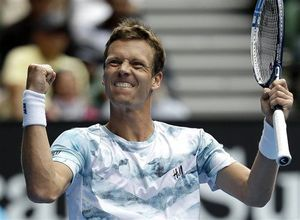 Nadal out, Sharapova, Makarova advance in Australia - http://lincolnreport.com/archives/484225