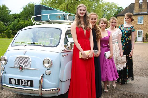 QEHS Year 11 Prom, Hemswell Court.