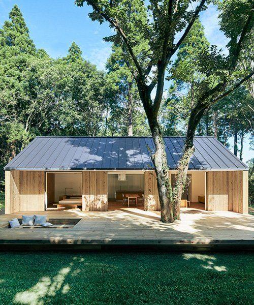 Muji S Plain House Is A Single Storey Timber Dwelling In 2020 Muji Home Prefabricated Houses Prefab Homes