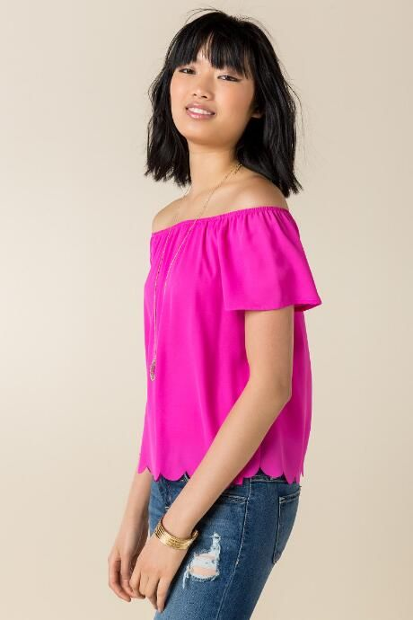 Kind of liking this off-the-shoulder thing these days.