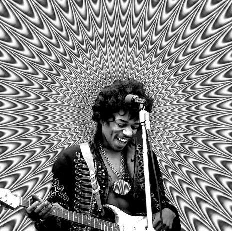 jimi Hendrix : classic rock music legend. La liberté est un thème qui traverse la plupart des textes qu'il signe. Un concert hommage à Hendrix fut organisé dans les années 1990 avec les anciens membres de son groupe ainsi que Slash, jouant Hey Joe de manière plus blues. #JimiHendrix #Hendrix Il fait partie aujourd'hui des légendes de la musique, notamment pour les guitaristes qui sont toujours aussi nombreux à s'en inspirer.