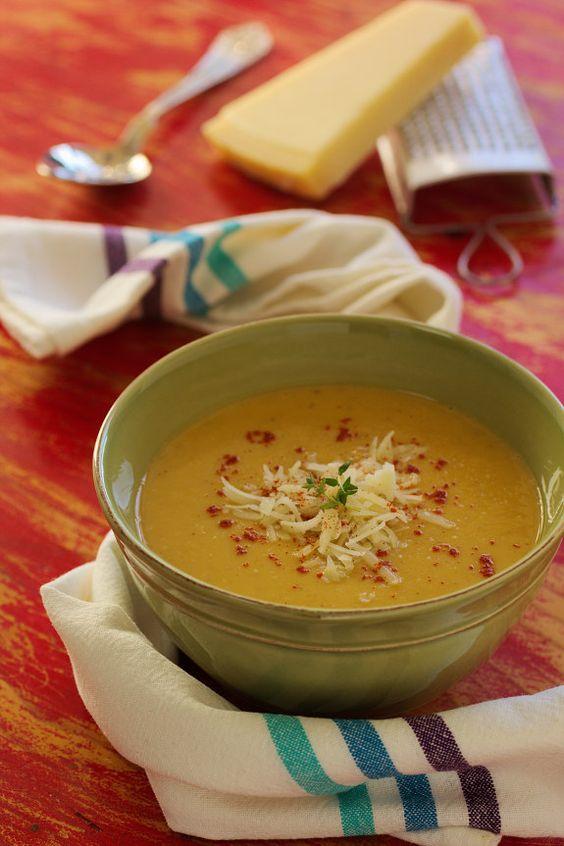 Cinco Quartos de Laranja: Sopa de abóbora assada com castanhas e queijo