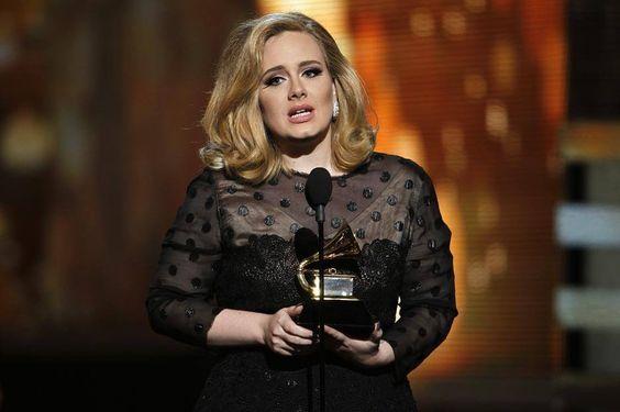 Die zehnfache Grammy-Gewinnerin Adele meldet sich mit einem neuen Album zurück.