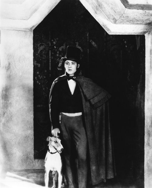 Rudolph Valentino Photo:  This Photo was uploaded by Sweet1_033. Find other Rudolph Valentino pictures and photos or upload your own with Photobucket fre...