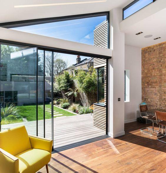 Doppelhaushälfte mit gläsernem Meisterwerk