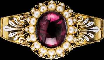 Enamel Bracelet by Carlo Giuliano 1831-1895, favored jeweler of Queen Victoria, on display at Jodens Estate Jewelry in Grove City, PA