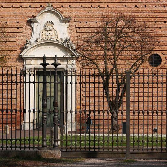 Certosa.. - #ferrara #comunediferrara #ig_ferrara #vivoferrara #loves_madeinitaly #loves_ferrara #turismoer #emiliaromagnaturismo #emiliaromagna_city #ig_emilia_romagna #vivoemiliaromagna #ig_italy by ebuzzoni