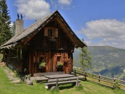 Thurerhutte In Rennweg Am Katschberg Bewertungen Und Verfugbarkeiten Landreise De Alpen Urlaub Cabin In The Woods Alpenhutte