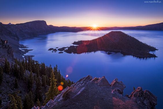 Jezioro, Promienie Słońca, Skały, Wyspa